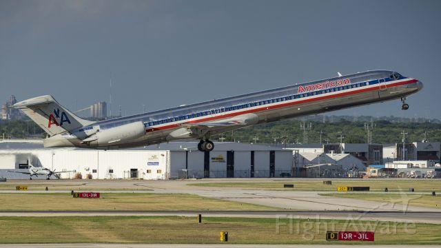 McDonnell Douglas MD-80 (N984TW) - Departing 13Rbr /7/7/17