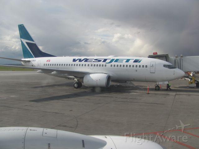 Boeing 737-700 (C-GWJO)