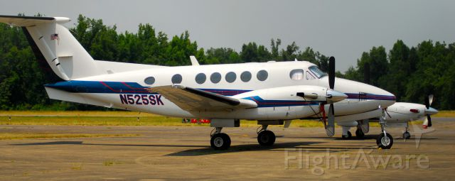 Beechcraft Super King Air 200 (N525SK) - Sitting on the tarmac at Kentucky Dam Airport in Gilbertsville, KY.