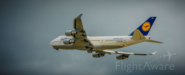 Boeing 747-400 (D-ABVS) - beside runway