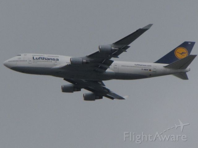 Boeing 747-400 (D-ABVF) - 9100 ft. preparing to turn final for runway 7 KDEN