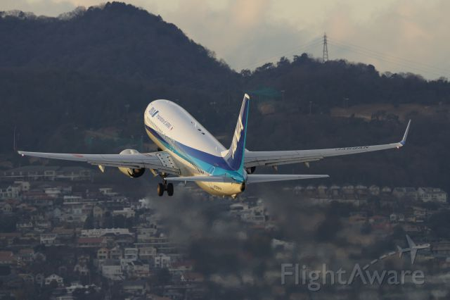 Boeing 737-800 (JA69AN)