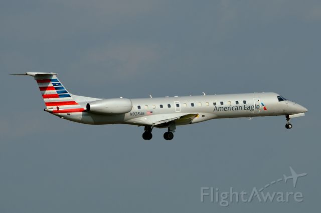 N928AE — - American Eagle N928AE arriving DFW 05/01/2013