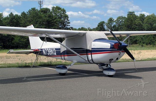 Cessna Skyhawk (N738KQ)