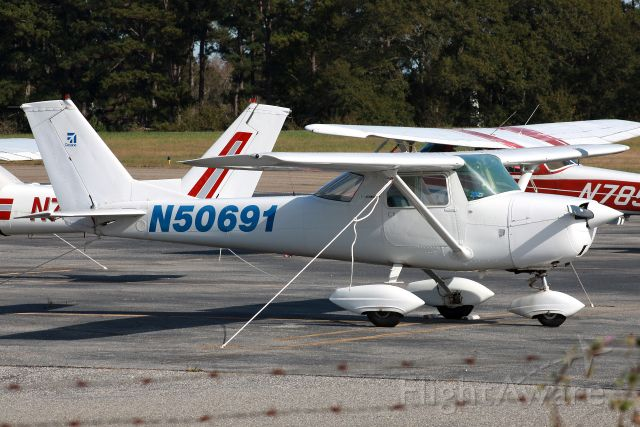 Cessna Commuter (N50691) - The third Cessna 150 I've seen so far.