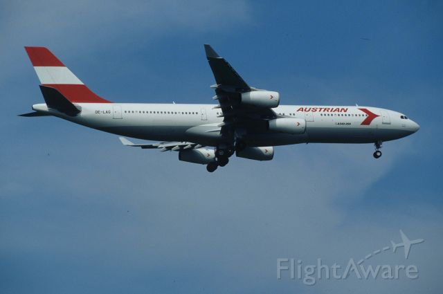 Airbus A340-200 (OE-LAG) - Final Approach to Narita Intl Airport Rwy34L on 1996/06/29