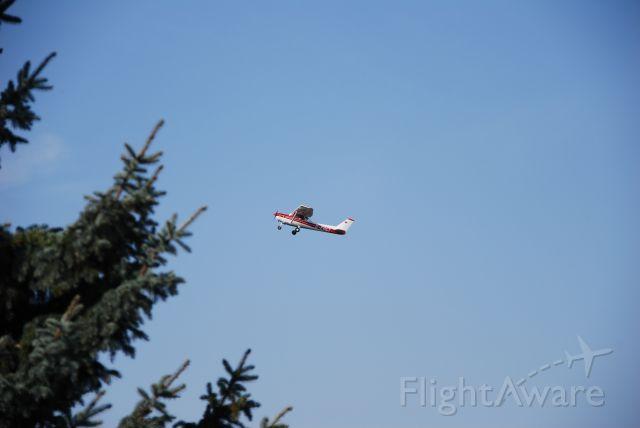 Cessna 152 (D-EGCT) - beim Abflug in EDBK