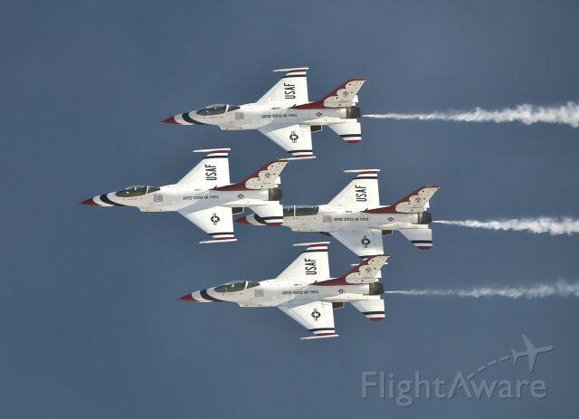 Lockheed F-16 Fighting Falcon — - Thunderbird Diamond at Aviation Nation 2019.