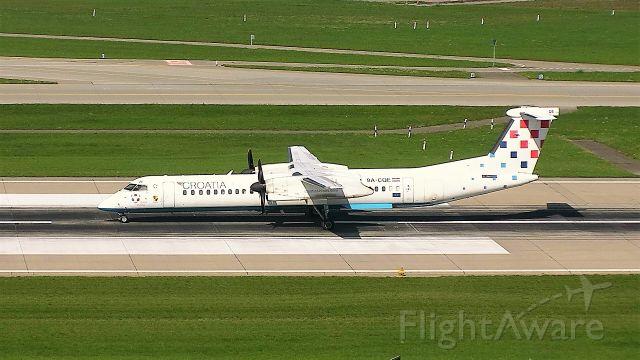 de Havilland Dash 8-400 (9A-CQE)