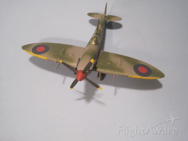 — — - 1/72 scale Supermarine Spitfire Mk IX