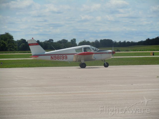 Piper Cherokee (N98199)