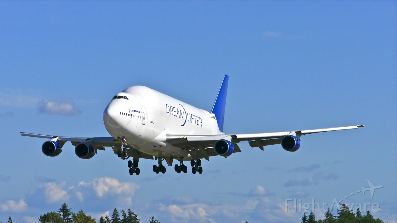 Boeing 747-400 (N747BC) - GTI4151 from RJGG / NGO via PANC on final to Rwy 34L on 5/27/14. (LN:904 / cn 25879).