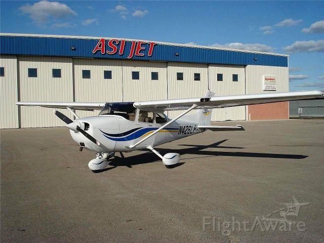 Cessna Skyhawk (N426LP)