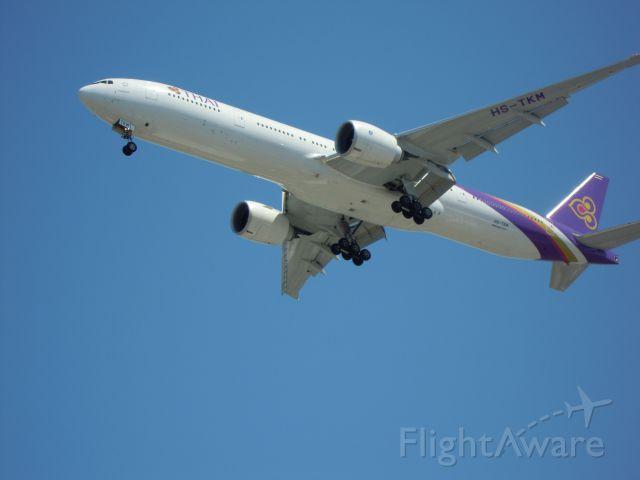 BOEING 777-300 — - thai airways 777-300 lax