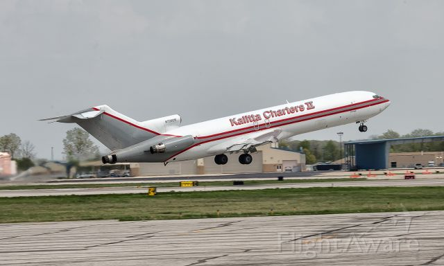 BOEING 727-200 (N720CK) - Taking off from KFWA