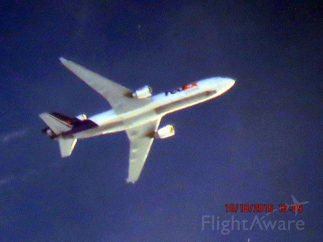Boeing MD-11 (N588FE)