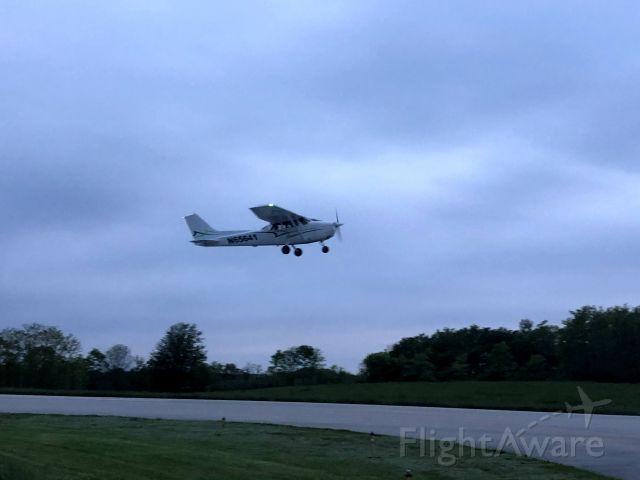 Cessna Skyhawk (N65641) - Departing RWY 3