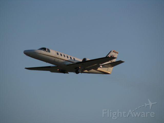 Cessna Citation II (N575M) - Menards departing runway 22