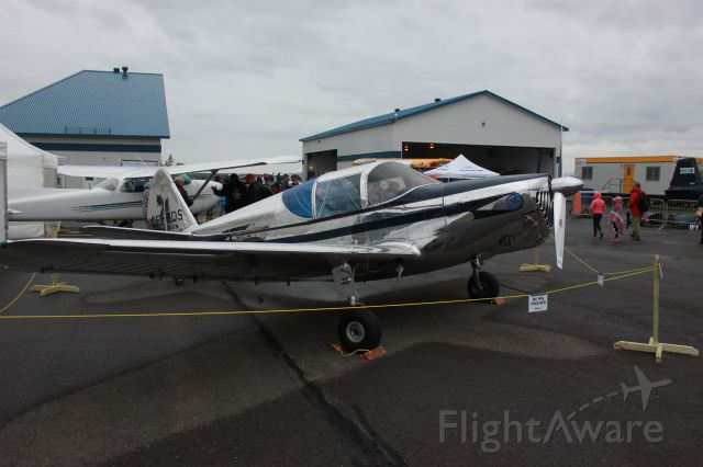 C-FGDS — - Spectacle aérien Aéroport des cantons Bromont CZBM QC.CA. 2014-08-16  Globe Swift GC-1B