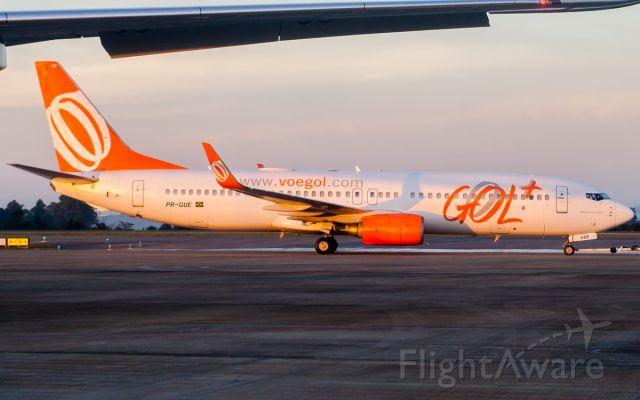 Boeing 737-800 (PR-GUE)