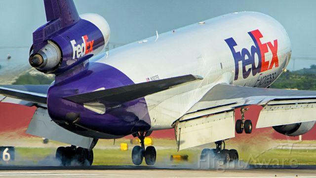 McDonnell Douglas DC-10 (N307FE) - 13R arrival.