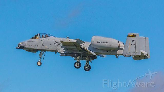 Fairchild-Republic Thunderbolt 2 (N78658) - Landing at KFWA