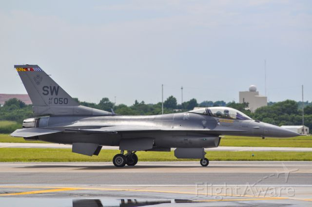 Lockheed F-16 Fighting Falcon (050)