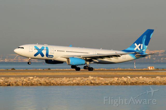 Airbus A330-200 (F-GRSQ) - 07 aout 2015 landing runway 13L
