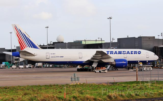 Boeing 777-200 (EI-UNY) - transaero b777-200 ei-uny at shannon 15/2/17.