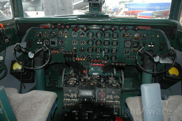 Douglas DC-7 (N836D)