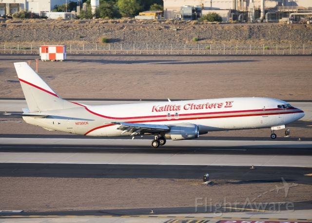 BOEING 737-400 (N730CK)