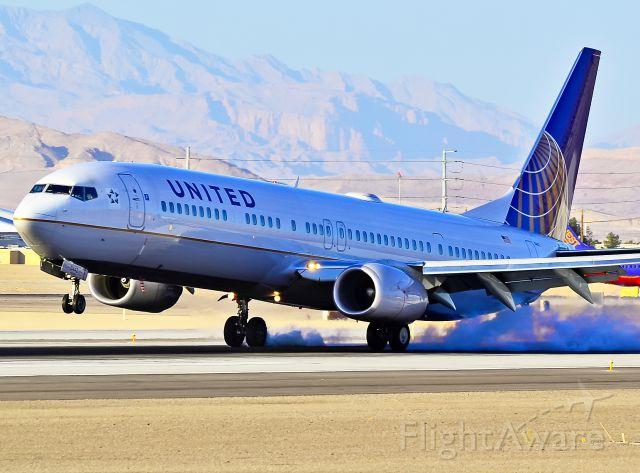 Boeing 737-900 (N53442) - United Airlines Boeing 737-924/ER N53442 / 0442 (cn 33536/3027)  Las Vegas - McCarran International (LAS / KLAS) USA - Nevada, June 16, 2011 Photo: Tomás Del Coro