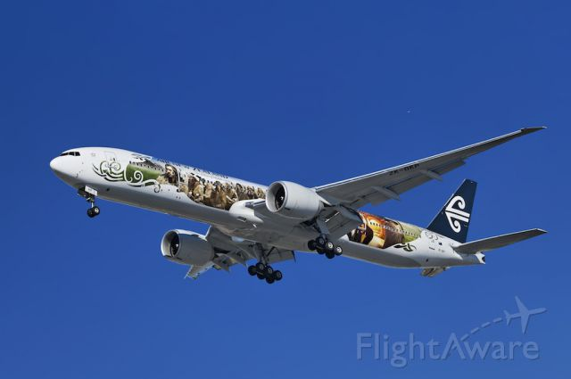 """BOEING 777-300ER (ZK-OKP) - An Air New Zealand operated Boeing 777-319(ER) on final approach for the first time in special """"Hobbit"""" promotional livery, to the Los Angeles International Airport, LAX, Westchester, Los Angeles, California"""