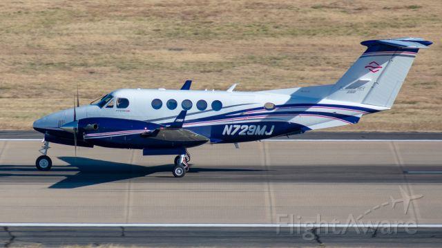 Beechcraft Super King Air 200 (N729MJ)