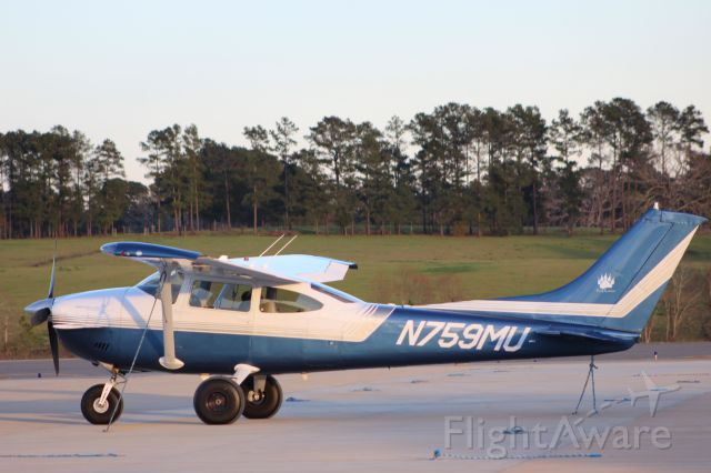 Cessna Skylane (N759MU)