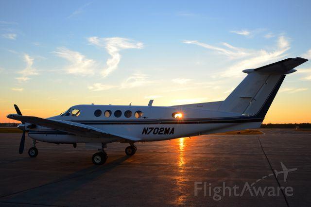 Beechcraft Super King Air 200 (N702MA)