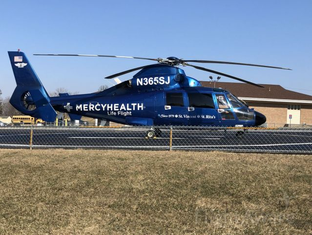 VOUGHT SA-366 Panther 800 (N365SJ) - lifeflight at mercy hospital in defiance ohio
