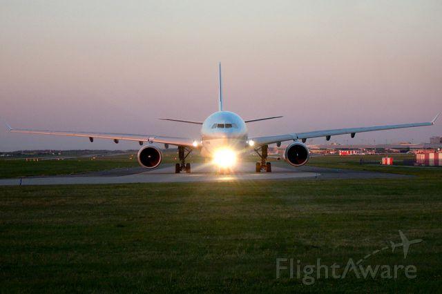 Airbus A330-300 (HL7584) - Airbus A330-323X Korean Air Lines