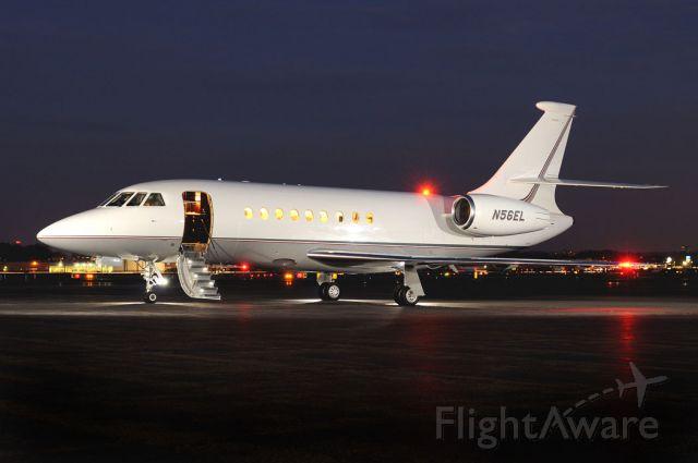 Dassault Falcon 2000 (N56EL)