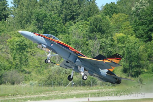 18-8761 — - Vintage Wings Gatineau, QC - RCAF CF-18 Demo Team 2016 painted to Commemorate British Commonwealth Training Program WW2