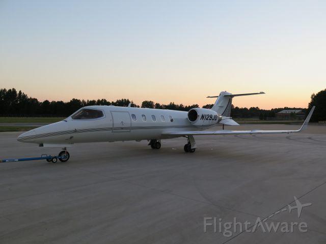 Learjet 31 (N129JD)