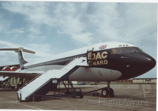 VICKERS VC-10 — - Vickers Super VC10 located at Duxford (UK)