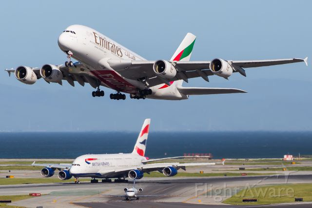 Airbus A380-800 (A6-EEP)