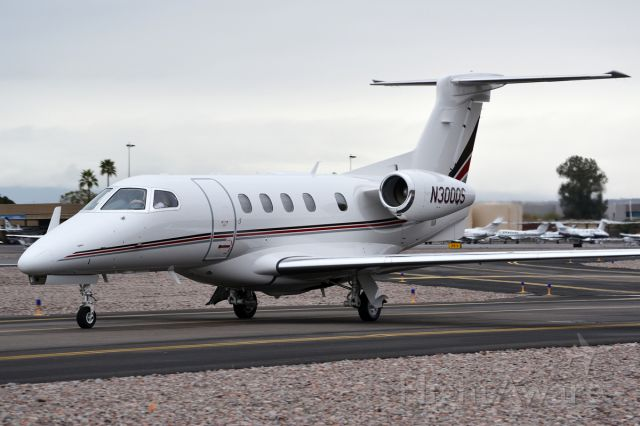 Embraer Phenom 300 (EJA300)