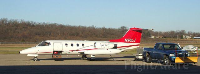 Learjet 25 (N90LJ)