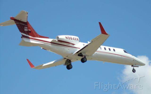 Learjet 45 (N984XR)