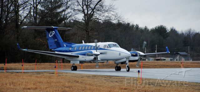 Beechcraft Super King Air 350 (N820UP) - A Wheels Up King Air 350i gets ready to depart to White Plains (HPN) from Saratoga County Airport (5B2)