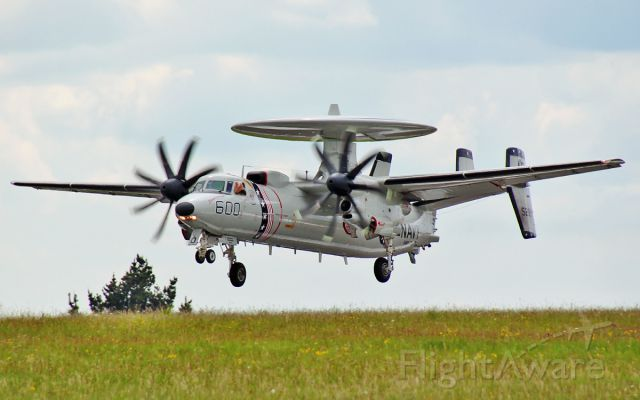 16-5299 — - u.s.navy e-2c hawkeye 165299 about to land at shannon 29/5/14.