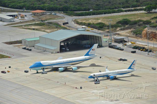 — — - Hato Airport Curacao