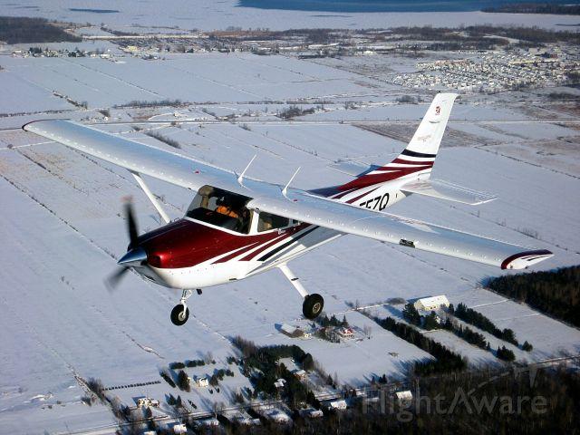 Cessna Skylane (C-FFZQ)